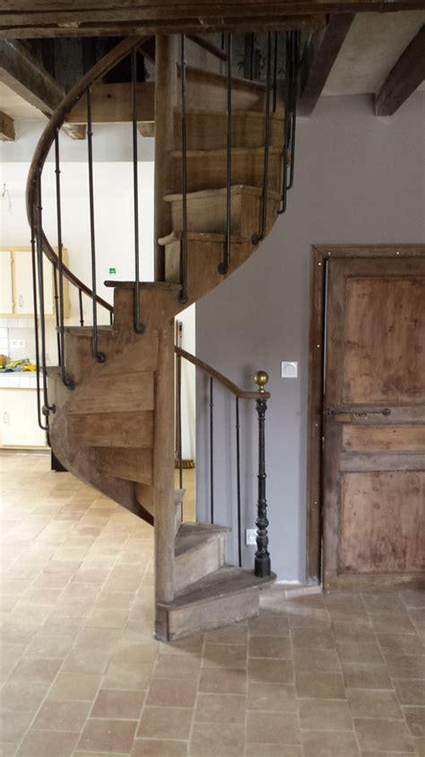 escalier en colimaon ancien menuiseries portes d entr 233 e fen 234 tres portes d int 233 rieures escalier ch 234 ne escalier ext 233 rieur
