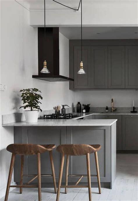 simple kitchen island the 25 best small kitchen layouts ideas on