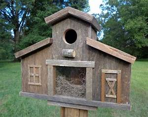 Build Barn Birdhouse - WoodWorking Projects & Plans