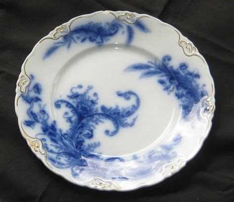blue and white china l flow blue history and value of blue and white antique