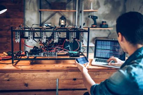 There is no lower or upper limit as such in bitcoin. How to Build a Bitcoin Mining Rig & Make Profit in 2021