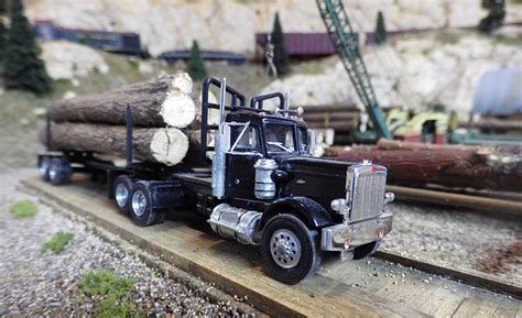 peterbilt  logging trucks
