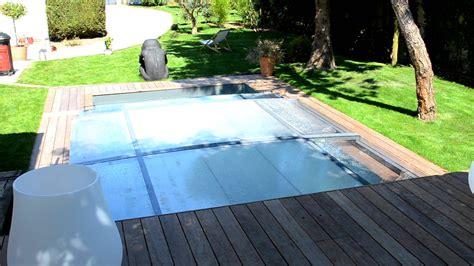 piscine pr 233 sent 233 e par val 233 rie damidot dans d co m6 abri plat piscine services