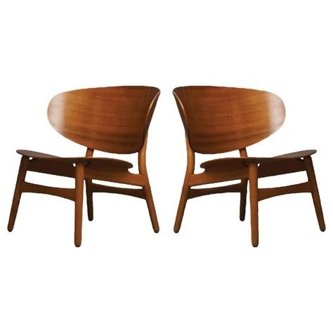 hans wegner pair of shell lounge chairs for sale at 1stdibs