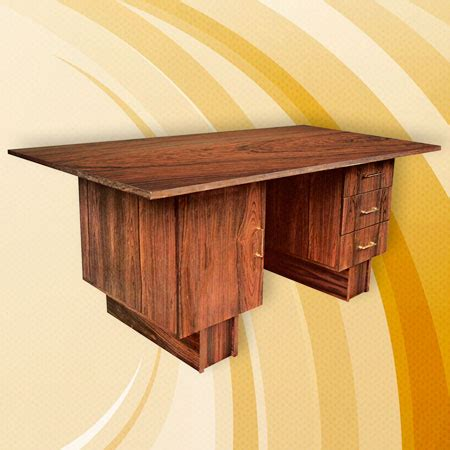 plaque de bureau personnalisé comment fabriquer un bureau en panneau plaqué palissandre