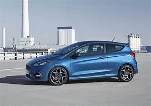 Ford Fiesta 2 : this is the 2018 ford fiesta st and it has a 200 ps 1 5l turbo with cylinder deactivation ~ Medecine-chirurgie-esthetiques.com Avis de Voitures