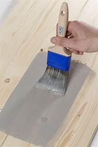 Holzlasur Farben Innen : holzbehandlung der unterschied zwischen lack und lasur grundstoffe des bauens baustoffwissen ~ Markanthonyermac.com Haus und Dekorationen