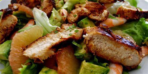 cuisiner rhubarbe salade verte composée crevettes je cuisine mon potager