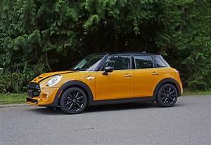 Leasing Mini Cooper : leasebusters canada 39 s 1 lease takeover pioneers 2015 mini cooper s 5 door road test review ~ Maxctalentgroup.com Avis de Voitures