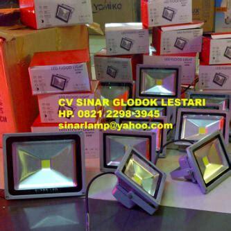Lu Sorot Starlux 20 Watt agen dan distributor lu electrical kabel power