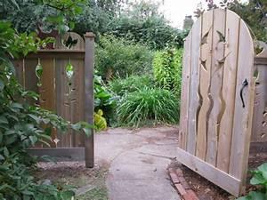 Gartentüren Aus Holz : 26 gartentor designs die den eintritt in den garten ~ Michelbontemps.com Haus und Dekorationen