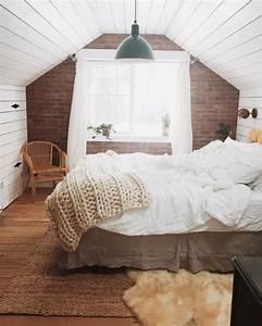 119 photos inspirantes et conseils pour amenager une for Tapis chambre enfant avec fenetre 145x120