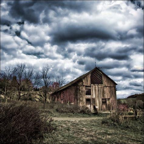 barn  fine art photography print  larrynicosiaphoto