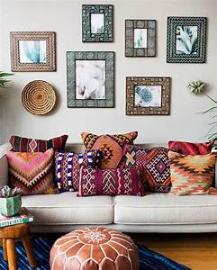 Whats hot on pinterest 6 boho home decor for Stratford home pillows living room furniture