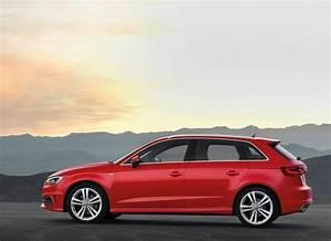 Longueur Audi A3 : nouvelle a3 sportback une longueur d 39 avance audi4addict ~ Medecine-chirurgie-esthetiques.com Avis de Voitures
