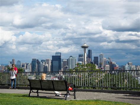 seattle visitors bureau travel guide what to do on your trip to seattle