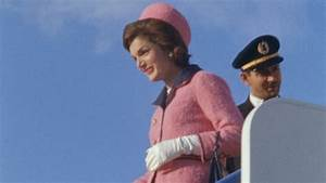 Jackie Kennedy's iconic pink suit: A piece of American ...