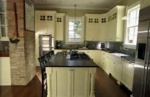 unique kitchens kitchen details and design - Center Island Kitchen