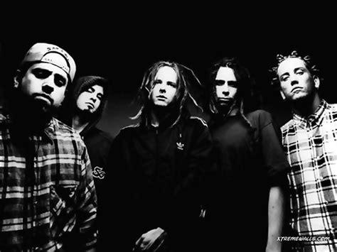 Acoustic Artists Korn