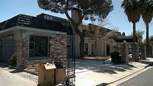 Liberace U0026 39 S Las Vegas Mansion In Foreclosure