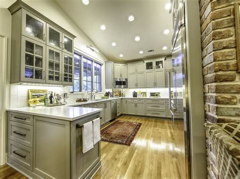 backsplashes in kitchens pictures rockport gray cabinetry toulmin cabinetry and design 4286