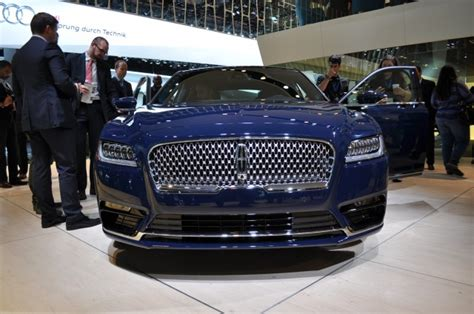 lincoln continental lands  detroit auto show