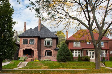 High Park Real Estate   The Julie Kinnear Team of Toronto