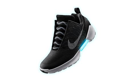 Selftying Sneakers By Nike  The Coolest New Thing In Town