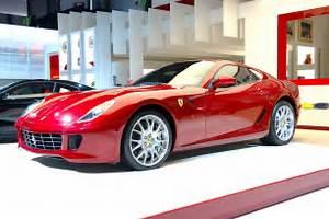 Sports Car: Ferrari Cars