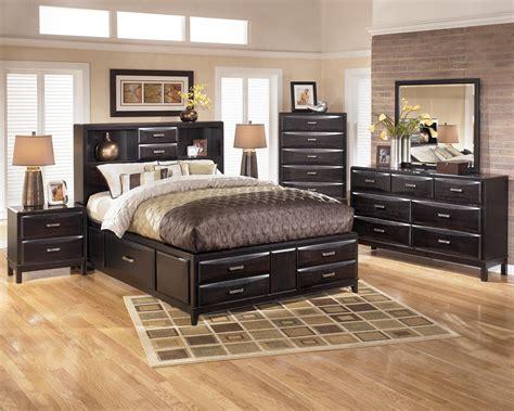Ashley Furniture Ledelle Bedroom Set