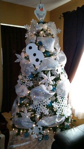 olaf christmas tree holidays pinterest olaf