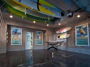 10 Garage Lighting Ideas