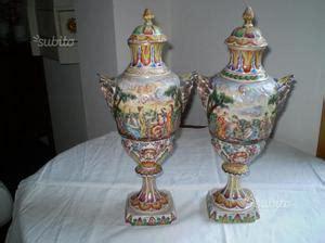 vasi capodimonte antichi coppia vasi capodimonte anni 50 posot class