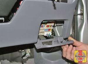 Nissan Tino Mpv  2000 - 2007  1 8