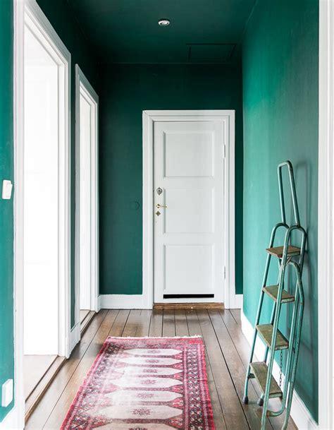 astuce pour peindre un plafond peindre couloir en couleur l astuce d 233 co parfaite pour looker int 233 rieur d 233 coration