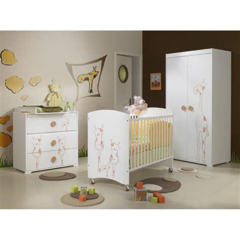 chambre bebe savane chambre girafe savane help chambre de bébé forum