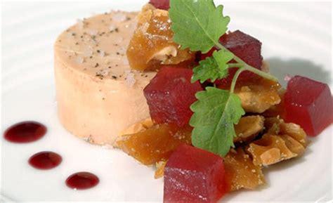de cuisine qui cuit foie gras mi cuit pour 6 personnes recettes à table