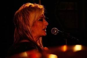 Shahram, Leila, & Farez Concert Photos - RadioJavan.com