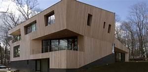 Imposante Maison Contemporaine En Bois Aux Formes
