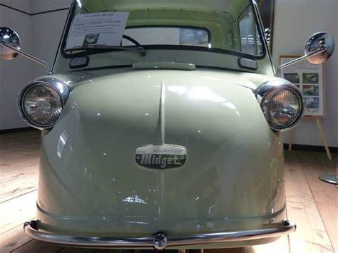 A Daihatsu Midget (1957-1972, Japan) 1
