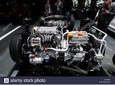 Kia Niro plugin hybrid powertrain display at 87th Geneva
