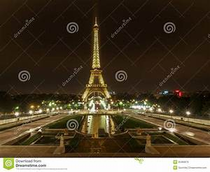 Eiffel By Night Editorial Stock Image - Image: 35360679