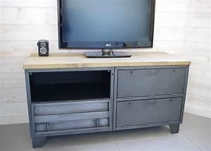 Meuble Tv Original : meuble tv industriel militaire avec 4 casiers clapets ~ Teatrodelosmanantiales.com Idées de Décoration