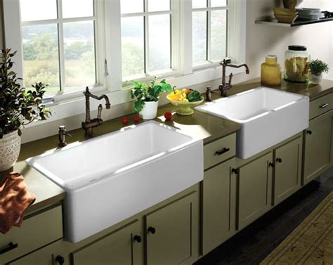 how do you say kitchen sink in will farmhouse sinks stay popular homesplanning 9677