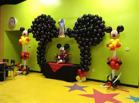 Mickey Mouse Decorations by Mickey Balloon Decor We Can Do These Ideas For You In