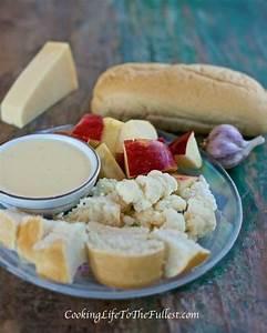 Dips Zum Fondue : check out alfredo fondue dip served with bread sliced ~ Lizthompson.info Haus und Dekorationen
