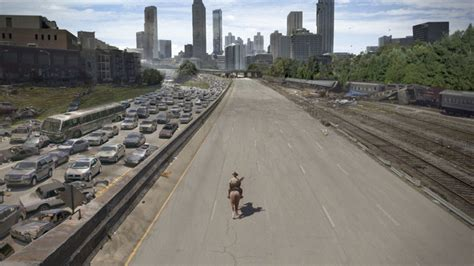 walking dead season traffic effects atlanta visual hide apocalypse during take zombie before type tv movie deserted inevitable places every