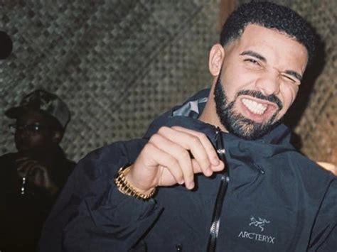 Drake drakes hitting  road 1600 x 1200 · jpeg