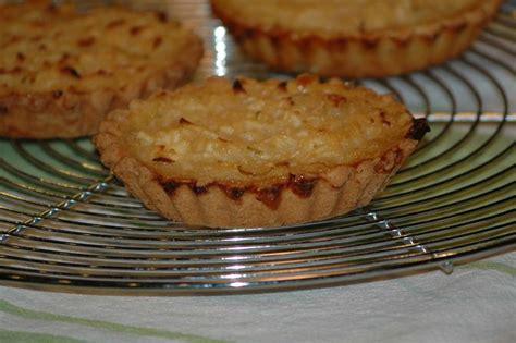 balade en cuisine tarte aux citrons et pommes rapees balade en cuisine