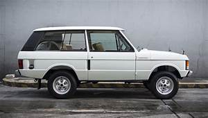 This Nicely Restored 1976 Range Rover Is A Must